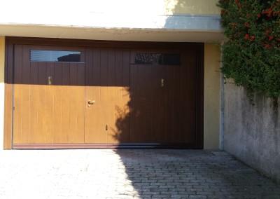 Bascula Sandrini in legno con portina e vetratura con griglia – Azzate VA